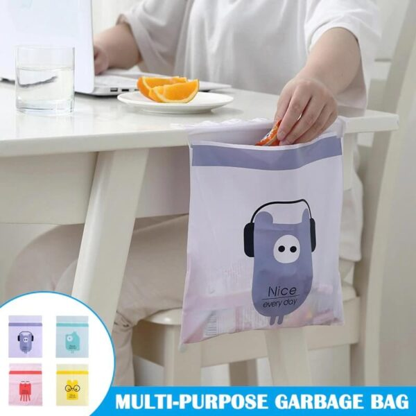 SELF-ADHESIVE CLEANING BAGS