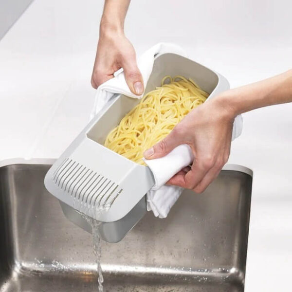 ECO-FRIENDLY MICROWAVE COOKING PASTA BOX