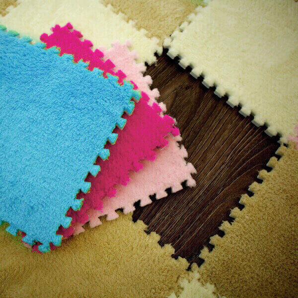 WARM AND SOFT UNIVERSAL FOAM PUZZLE MAT