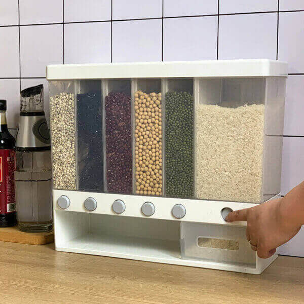 WALL-MOUNTED FOOD DISPENSER CONTAINER
