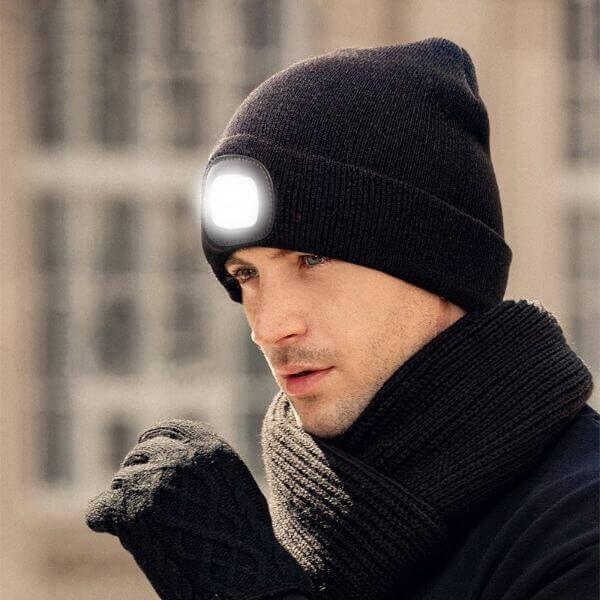 LIGHTED BEANIE CAP