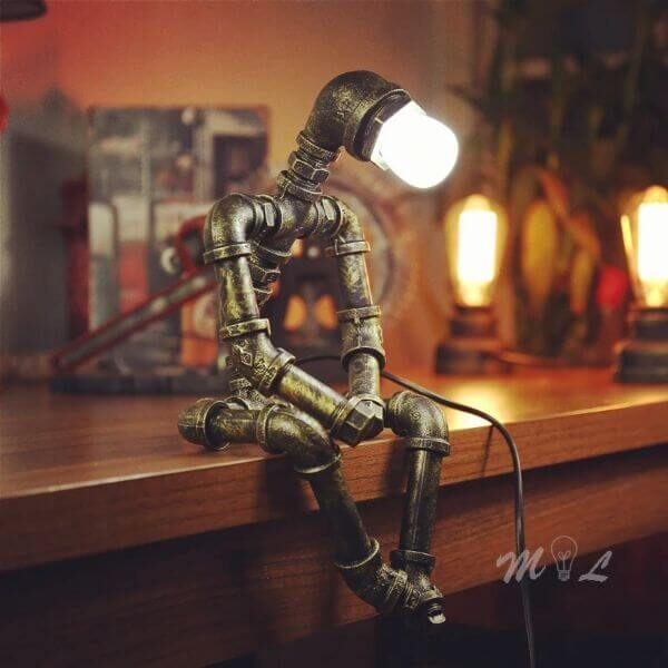 VINTAGE IRON ROBOT TABLE LAMP