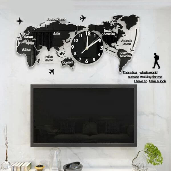 CREATIVE WORLD MAP WALL HANGING CLOCK