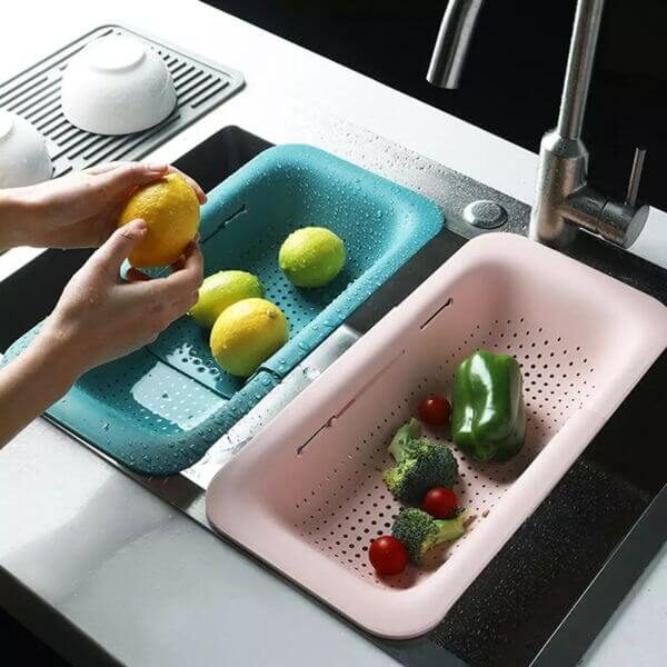 ADJUSTABLE OVER THE SINK STRAINER BASKET