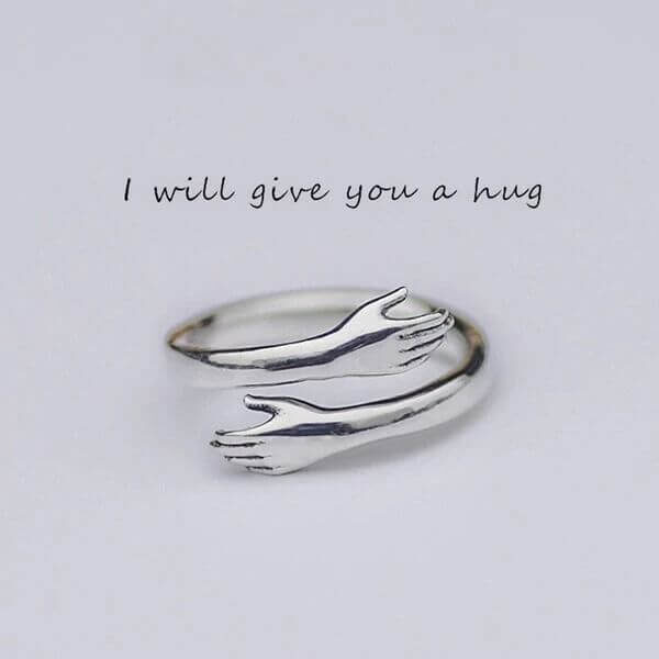 LOVELY ARM HUG RING