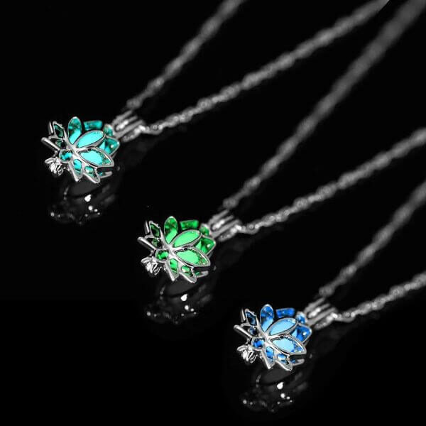 LUMINOUS LOTUS NECKLACE